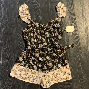 Cute new with tags Altar'd State Romper